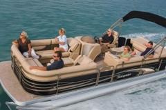 pontoon 25 cruising