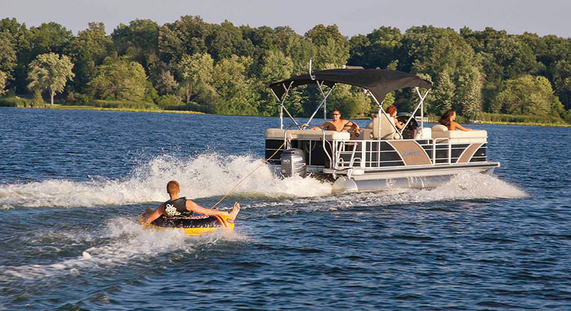 Door County Pontoon Boat Rentals